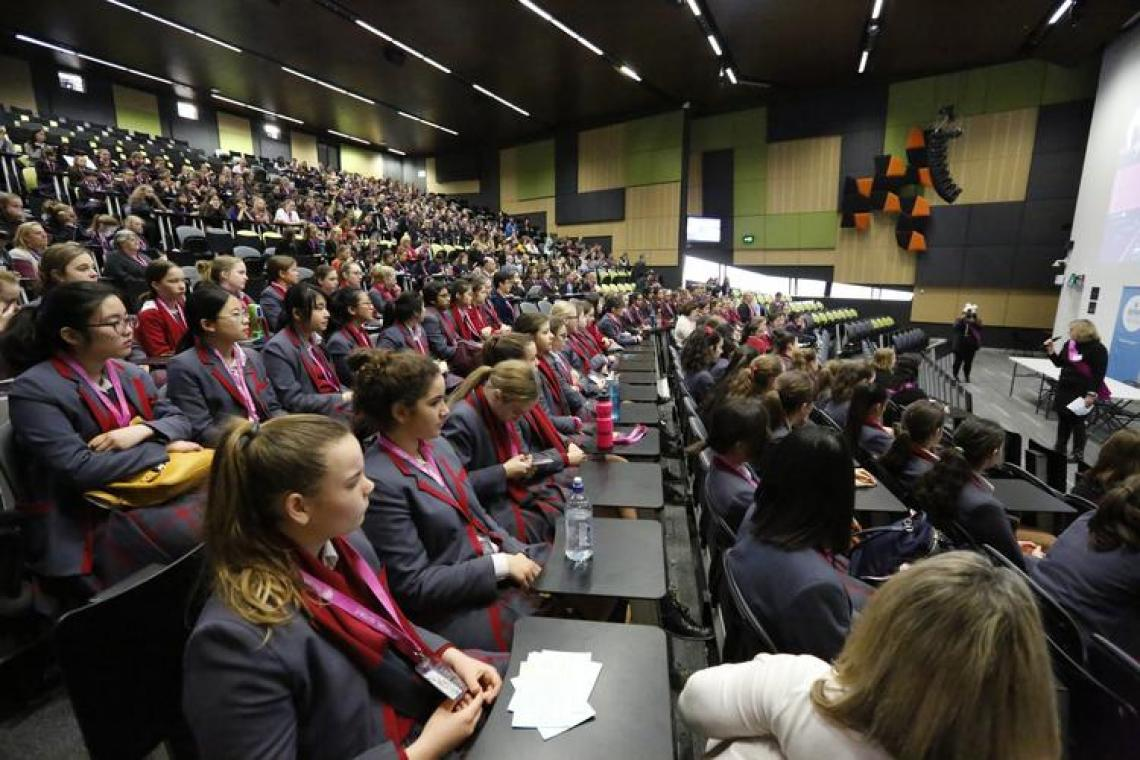 Australia Offers Free STEM Event for Female Students, Go Girl, Go For IT